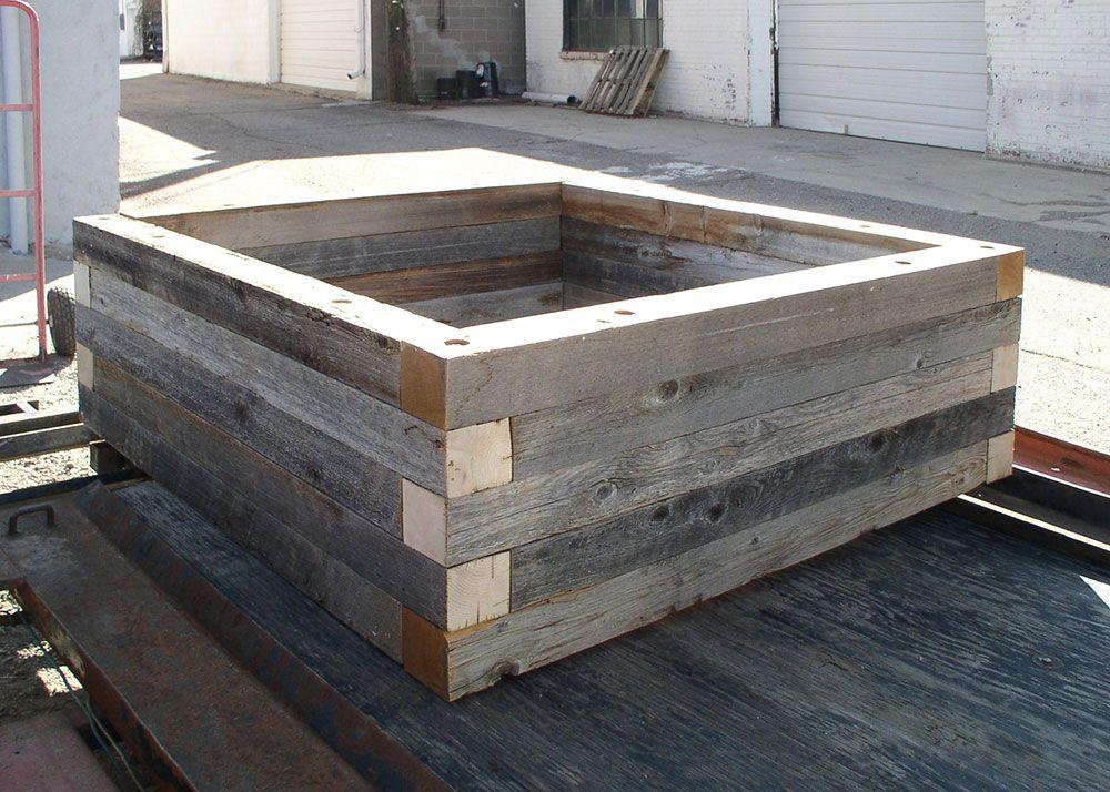 reclaimedraisedgardenbedplanter4 Wooden raised