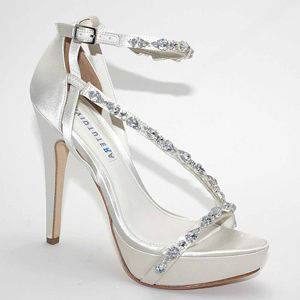 f25798251646 DAVID TUTERA wedding shoes now at MyGlassSlipper.com!