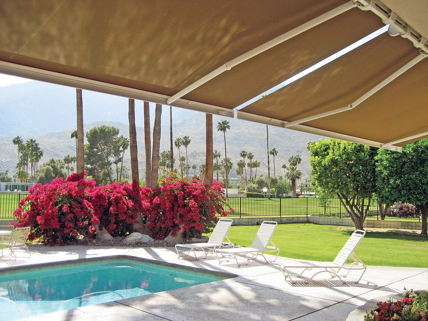Shown Here Is A Nuimage Pro Series G250 Retractable Patio Awning
