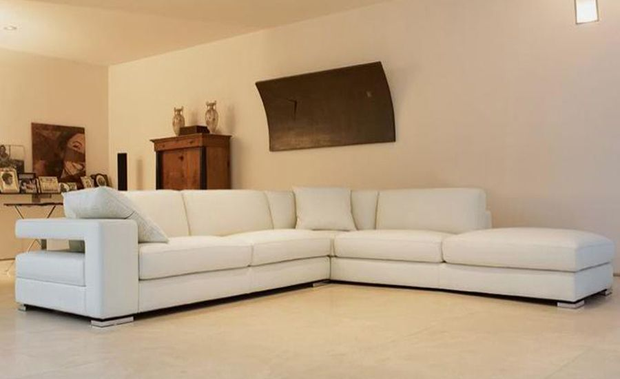 Maintain The Looks Of Your Modern Sofas Darbylanefurniture Com