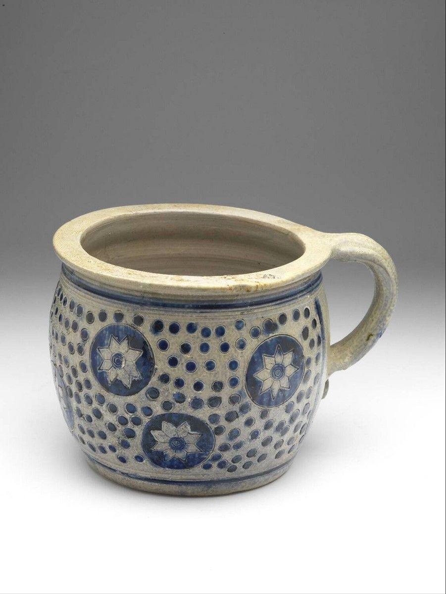 Chamber Pot 1675 1725 H 13 7 X W 21 Cm Stoneware Salt Glaze Stamped Decoration Cobalt Europe Western Europe Germany Pottery Stoneware Ceramics