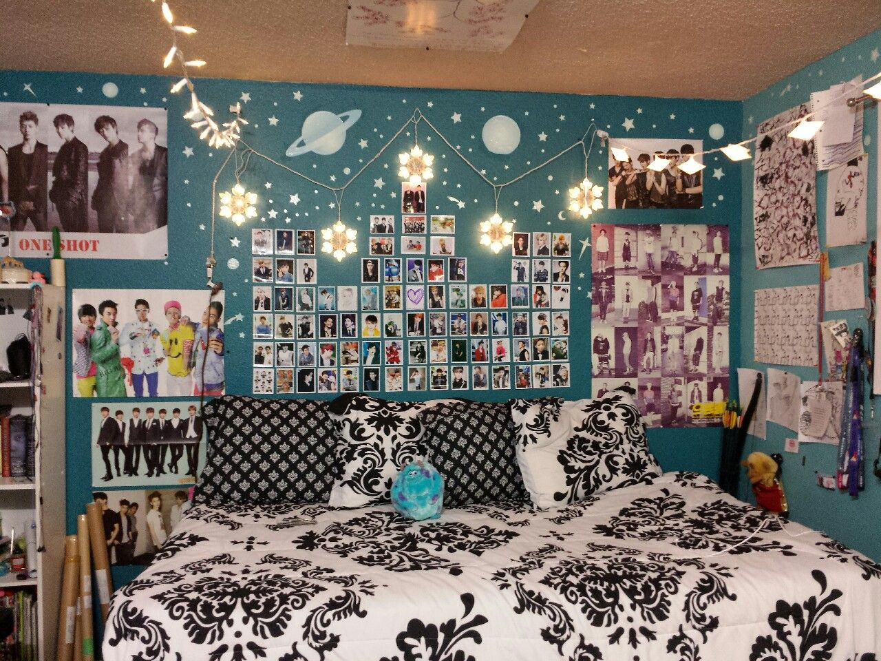 kpop bedroom - Google Search | Decoración de pared tumblr ... on Room Decor Ideas De Cuartos Aesthetic id=45672