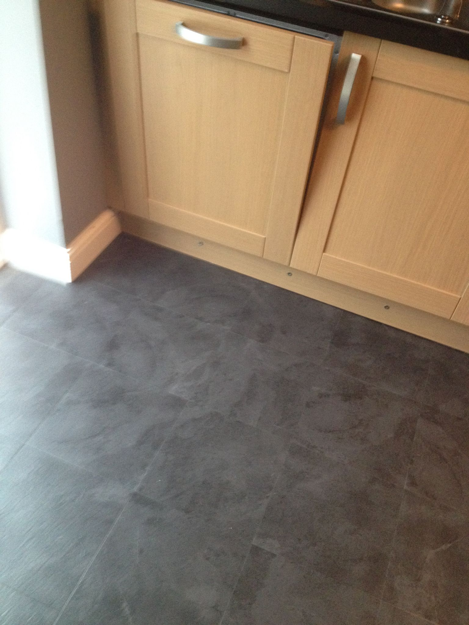 Luvanto Black Slate