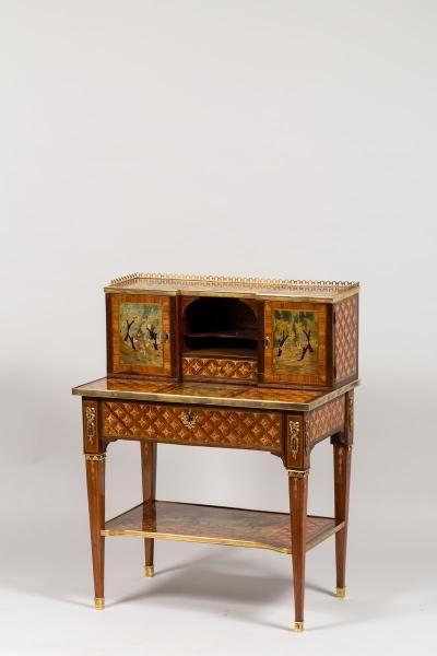 Bonheur Du Jour Louis Xvi Fait Partie Des Nouveaux Meubles Apparait Vers 1754 Mobilier De Salon Bois Meubles Anciens