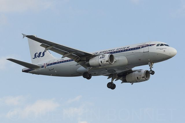 Sas Scandinavian Airlines Airbus A319 132 Oy Kbo Scandinavian Airlines System Airbus Airlines