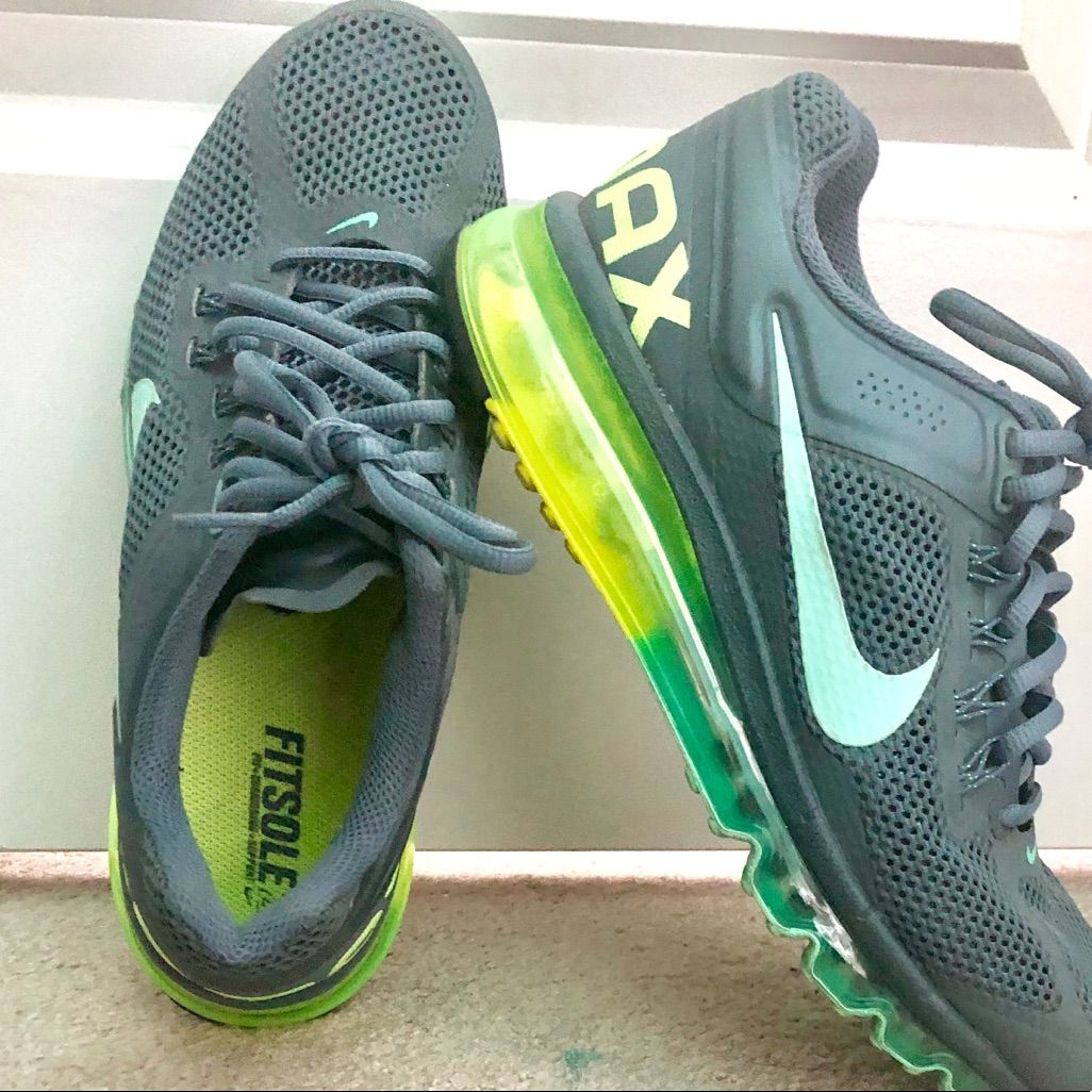 NIKE AIR MAX Fitsole Womens Size 9.5 Running Athletic Shoes