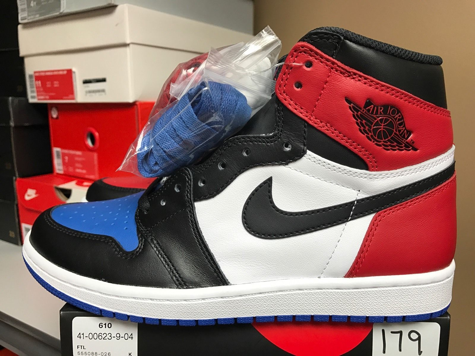 Ds Nike Air Jordan 1 Top 3 Retro Red Blue Black High Og Size 8 New