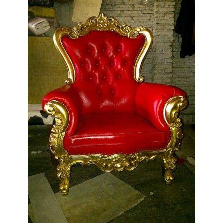 Fauteuil de style baroque dore et rouge o prive