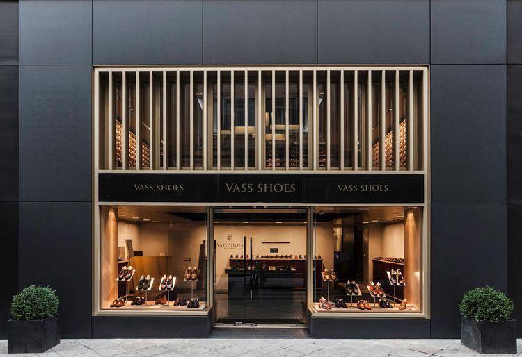 نواف آل مشيط On Twitter Shop Front Design Retail Facade Shop Window Design
