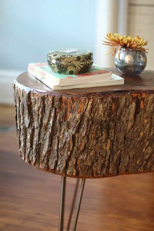 10 Cheap but creative ideas for your garden 5  Wood StumpsTree. 10 Cheap but creative ideas for your garden 5   Stump table