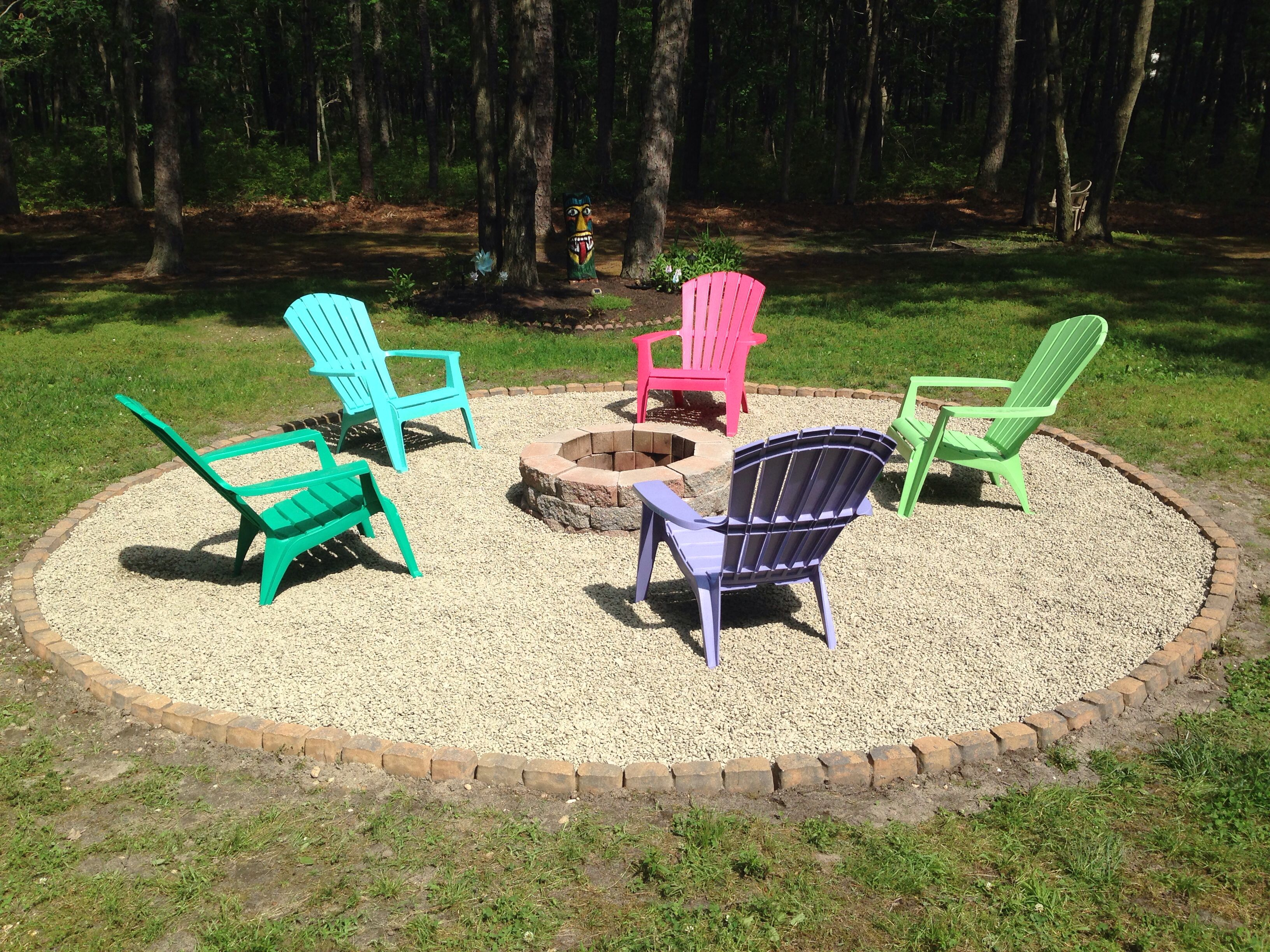 Chairs Around Fire Pit Backyard Fire Pit With Pebble Rock And Adirondack Chairs