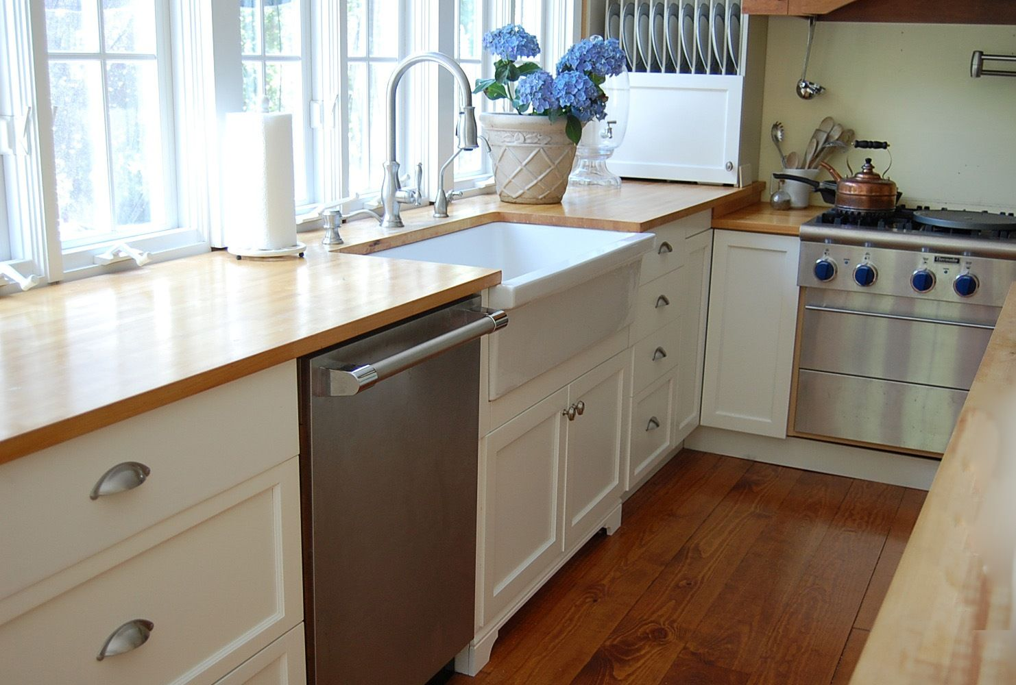 1000 images about kitchen on pinterest apron front sink ikea cabinets and farmhouse sinks apron kitchen sink kitchen sinks alcove