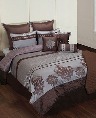 Hannah 10 Piece California King Comforter Set Bed in a Bag Bed