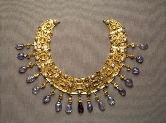 Necklace 600 AD Egypt Gold Pearls Aquamarine Favourite