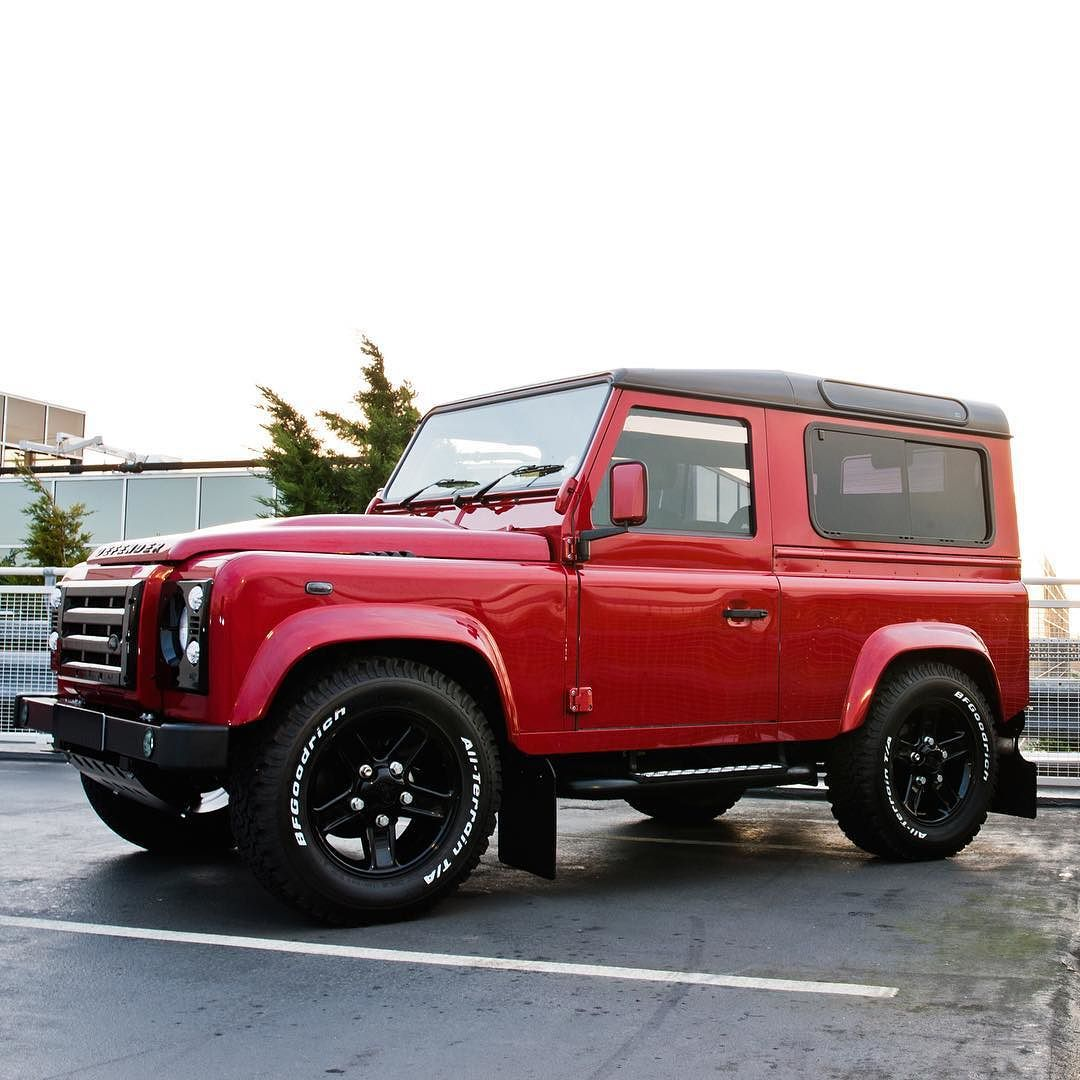 Land Rover Defender 90 Td4 Sw Se Customized Twisted