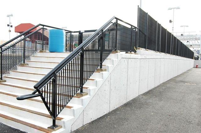 railing system, steel mesh railing   GRIGLIATO Railing System ...