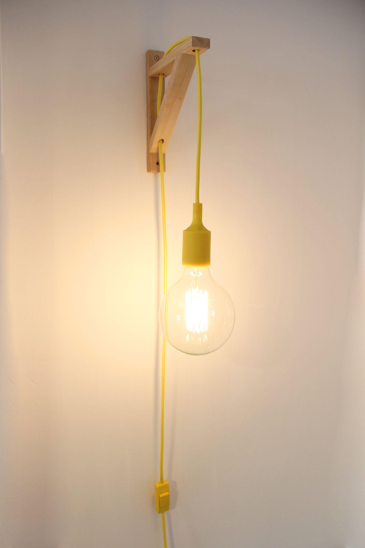 Aplique De Madera Nordico Aplique De Pared Cable Tela Lampara De Madera Nordica Aplique Escuadr In 2020 Wall Lamps With Cord Plug In Wall Sconce Plug In Wall Lights