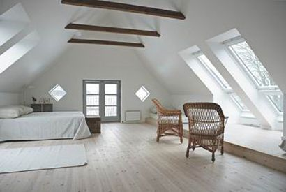 Attic Bedroom Use Windows Doors To Decks Skylights For Natural Light Sleep Pinterest
