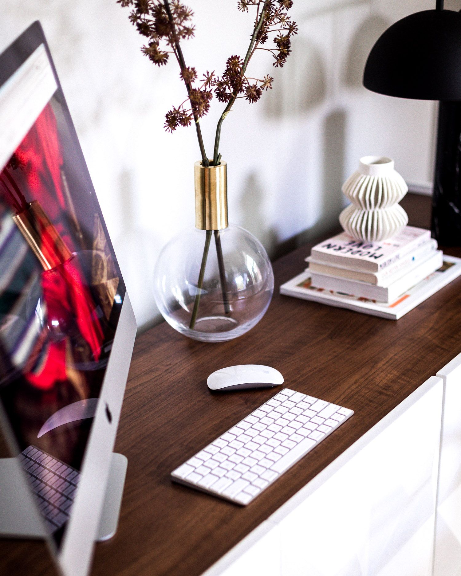 7 Tips On How To Be Productive While Working From Home. In
