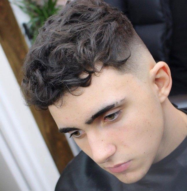 15 Coiffures Pour Cheveux Bouclu00e9s | Hair Styles | Pinterest | Coupes Du00e9gradu00e9es Degrader Et Cheveux