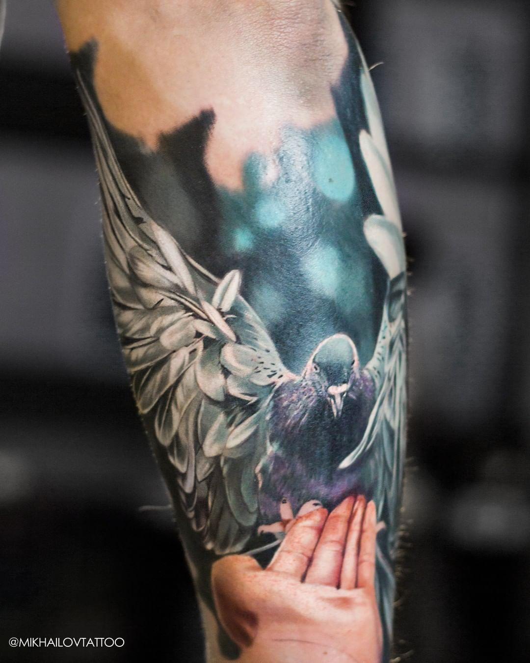 The beginning of the tattoo sleeve. Unfortunately, there is no continuation. I will try to publish not only black and white tattoos.😀 Subscribe to my instagram for cool tattoos @mikhailovtattoo  #polishink #polishtattooartist #polishtattoo #tattoonyc #tattooberlin #tattoodresden #tattoolife #tattoodetails #tattooblack #polandtattoos #warszawatattoo #krakowtattoo #jeleniagóra #zgorzelec #germanytattooers #tatuador #dziarka #dziara #tattoodo #ktosieniedziaratenfujara #radtattoos #tattoomag #tatto