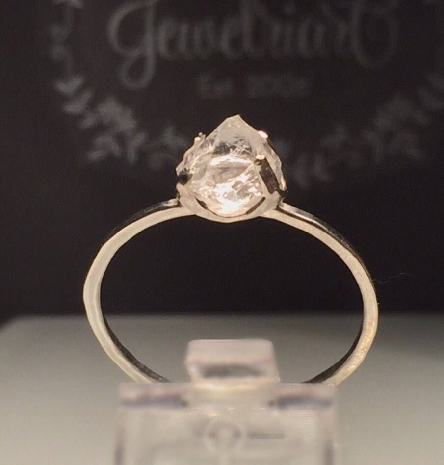 ring nest white gifts shop gold diamond