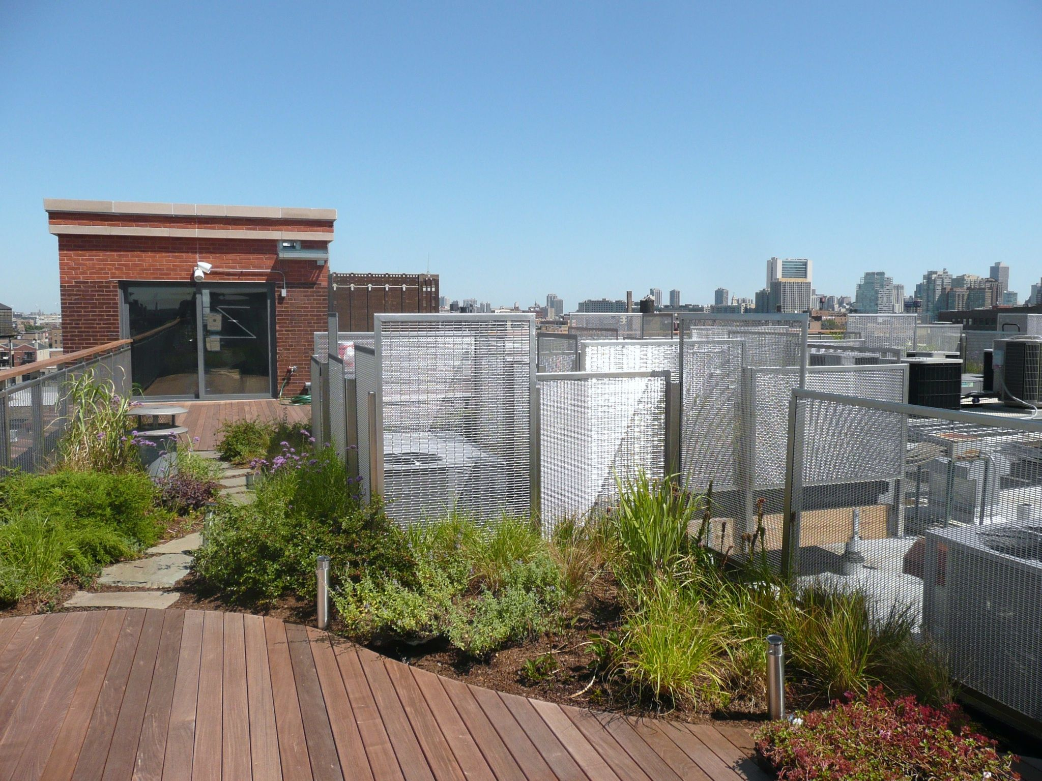 McNICHOLS® Wire Mesh panels of various shapes and sizes ...