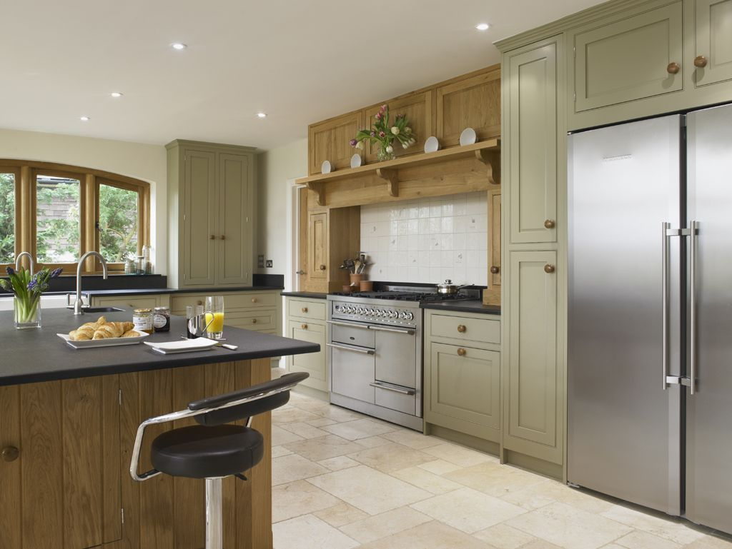 Do You Have Your Heart Set On A Stainless Steel Range Cooker, But Are Not  Sure How It Might Work With Your Kitchen Design? Take A Look At Some Of Our  Case ...
