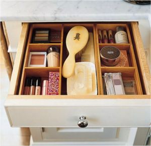 Bamboo drawer organizers in bathroom:: Inspiration Picture