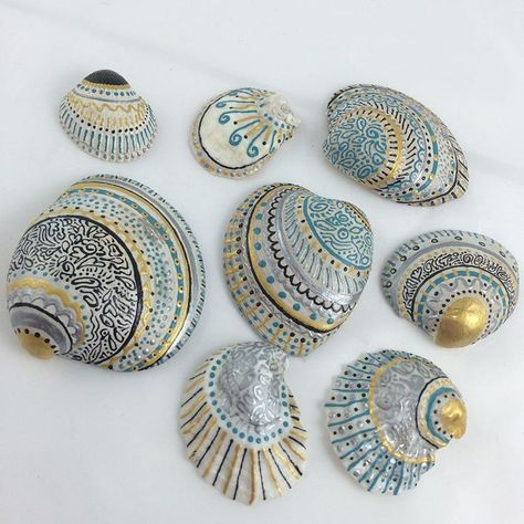 "Photo of Florence Pindrys – Artist on Instagram: ""A new little hobby of mine: Painting sea shells. I'm fortunate to leave a few minutes away from the beach and I have a continuous free…"""