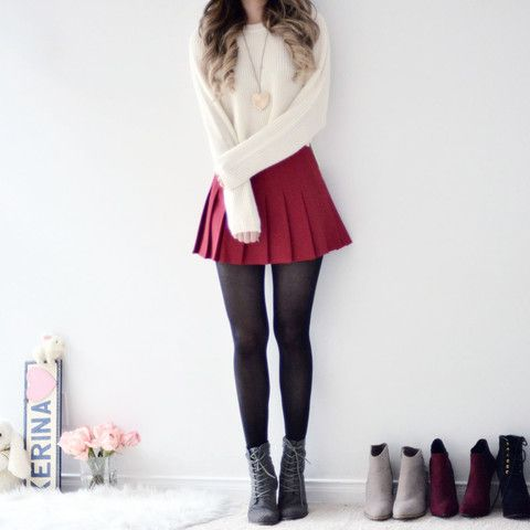 pleated tennis skirt  dark red  best casual outfits