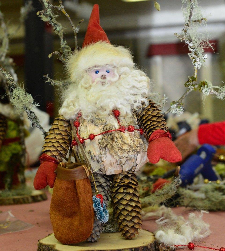 DIY: How to make a Woodland Santa (as shown by Portland Garden Club ...