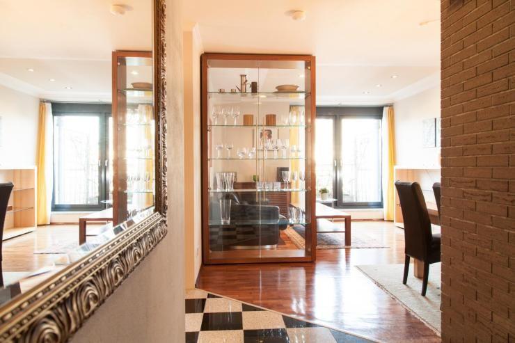 Business Wg Penthouse Mit Dachgarten Und Skylineblick Wohnung