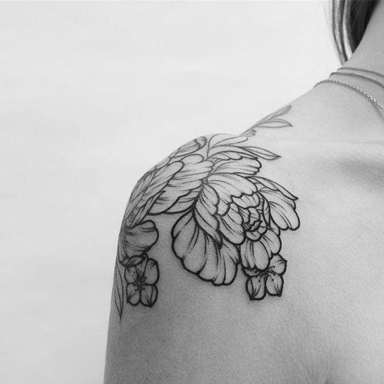 Tatouage Pivoine Signification : 50 conceptions de tatouage de pivoine tatouages t ~ Nature-et-papiers.com Idées de Décoration