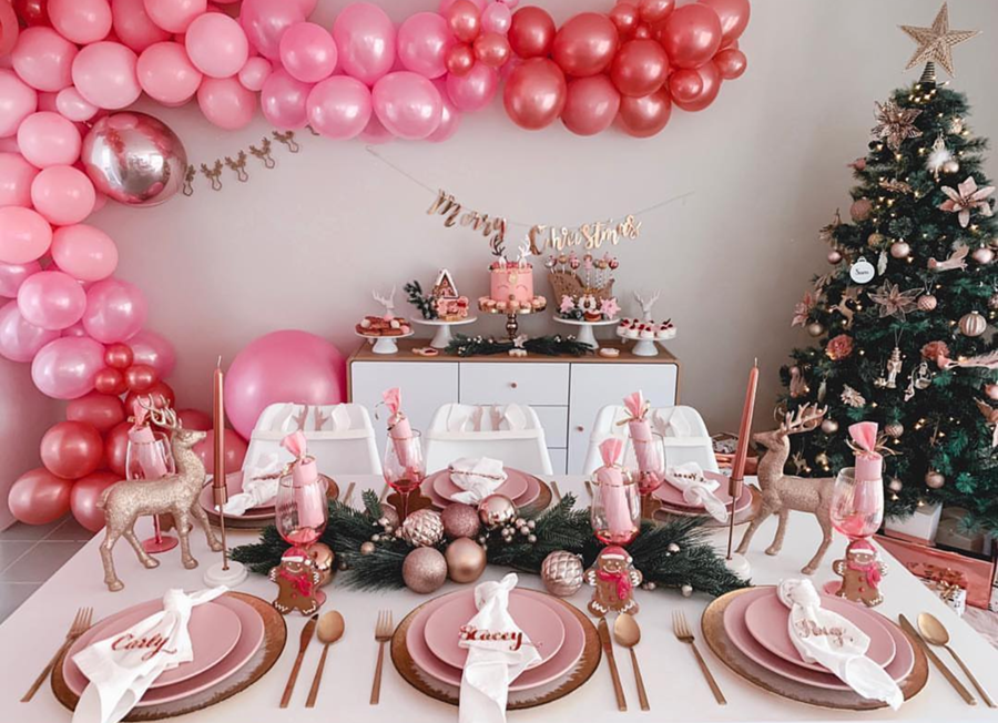 Love All The Pink In This Lovely Christmas Party See More Pink Christmas Ideas On B Lovely E Rose Gold Christmas Pink Christmas Christmas Party Decorations