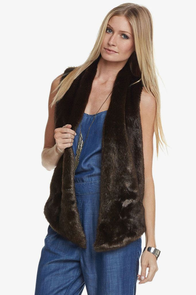 Kya Vest in Brown