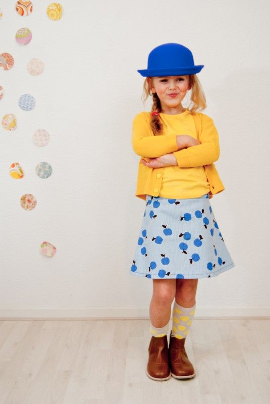 SS13 Skirt with Apples, different sizes | skirt | Sloppop Yeah