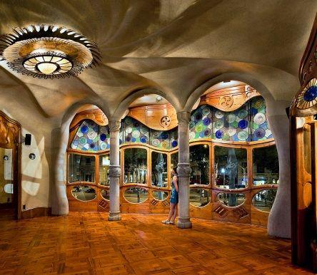 casa mila la pedrera barcelona interior  Google Search  Casa Mila by Gaudi  Antoni gaudi