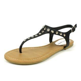 Mark & Maddux Women's 'WALTER-01' Black Pointed Stud T-strap Flat Sandals