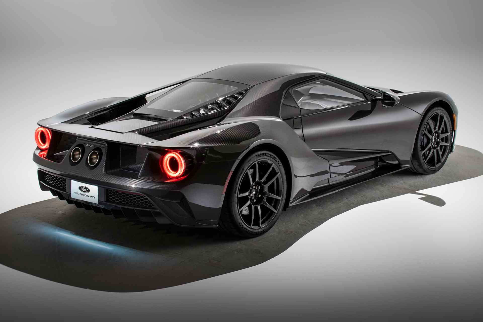 Ford Is Continuing To Refine The Ford Gt Even As It Nears The End Of Its Extremely Limited Production Run The New Liquid Carbon Ford Gt Super Cars Twin Turbo