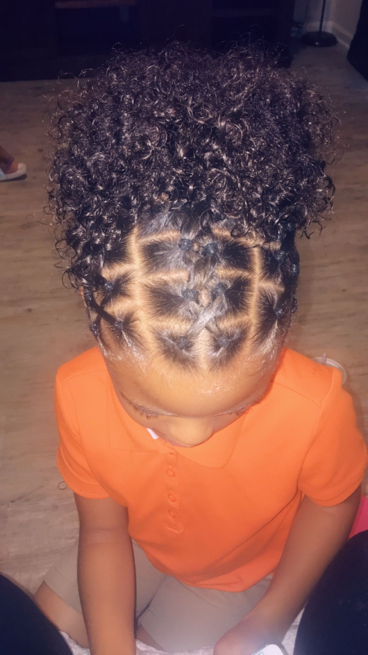 Rubber ban hairstyles for kids   in 2020   Kids curly ...