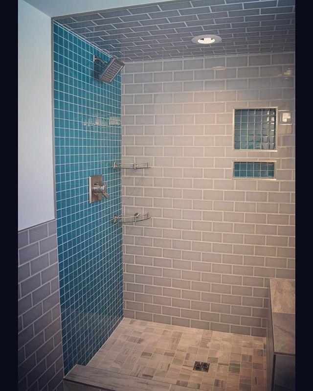 #lakeside #bathroom #RVA #classic #gray #teal #glass #tile