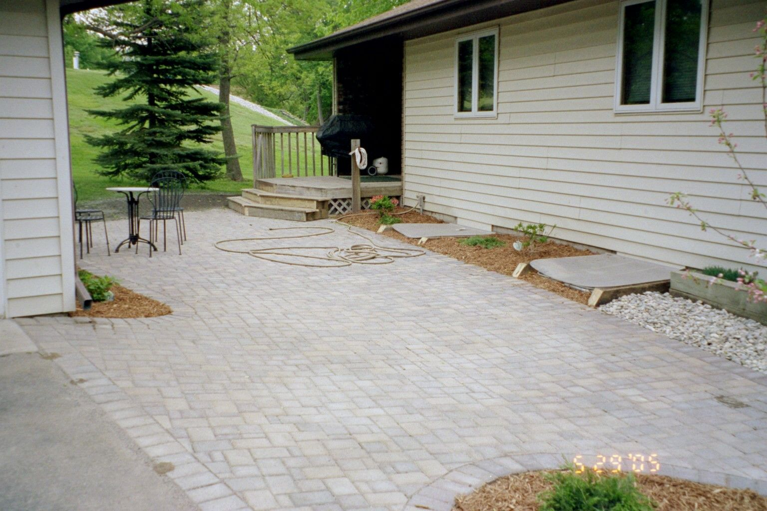 Concrete Pavers Patio Ideas. Paver Patio Designs. Large Concrete ...