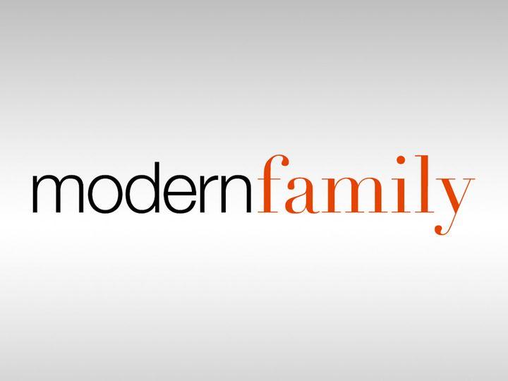 Modern Family Jpg 720 540 Pixels Modern Family Tv Show Family Tv Series Family Tv