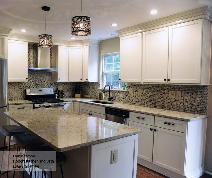 White Kitchen Cabinets Out Of Style: Always A Classic, Off White Shaker Kitchen Cabinets Never
