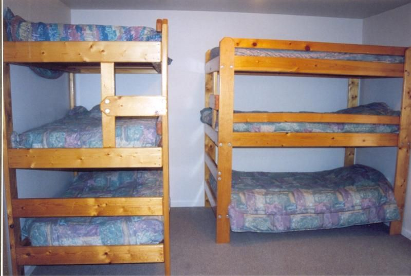 3 Bunk Beds Designs Listed As A Three Full Bedrooms But Also