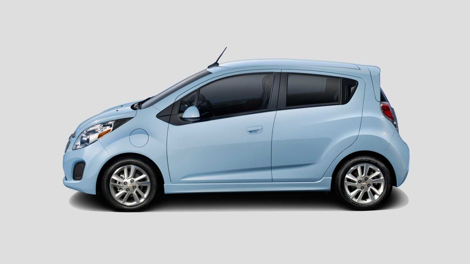 2014 chevy spark electric car range 82 miles price 26 685 00 type 100