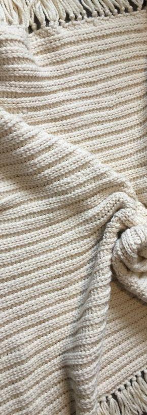 Midwinter Blanket - Free Crochet Pattern #afghanpatterns