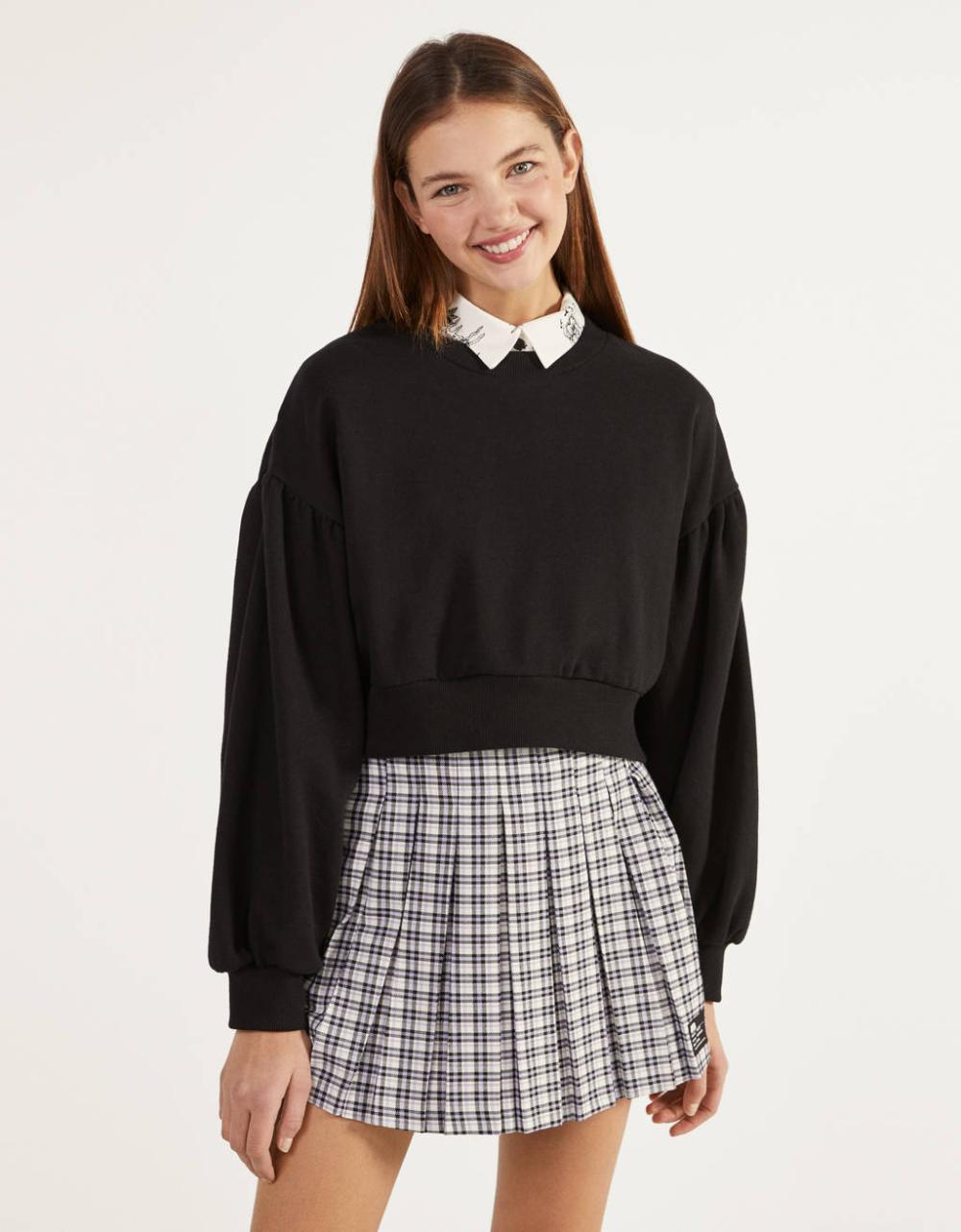 Pleated Mini Skirt Skirts Bershka United States In 2020 Pleated Mini Skirt Mini Skirts Pleated Mini Skirt Outfit