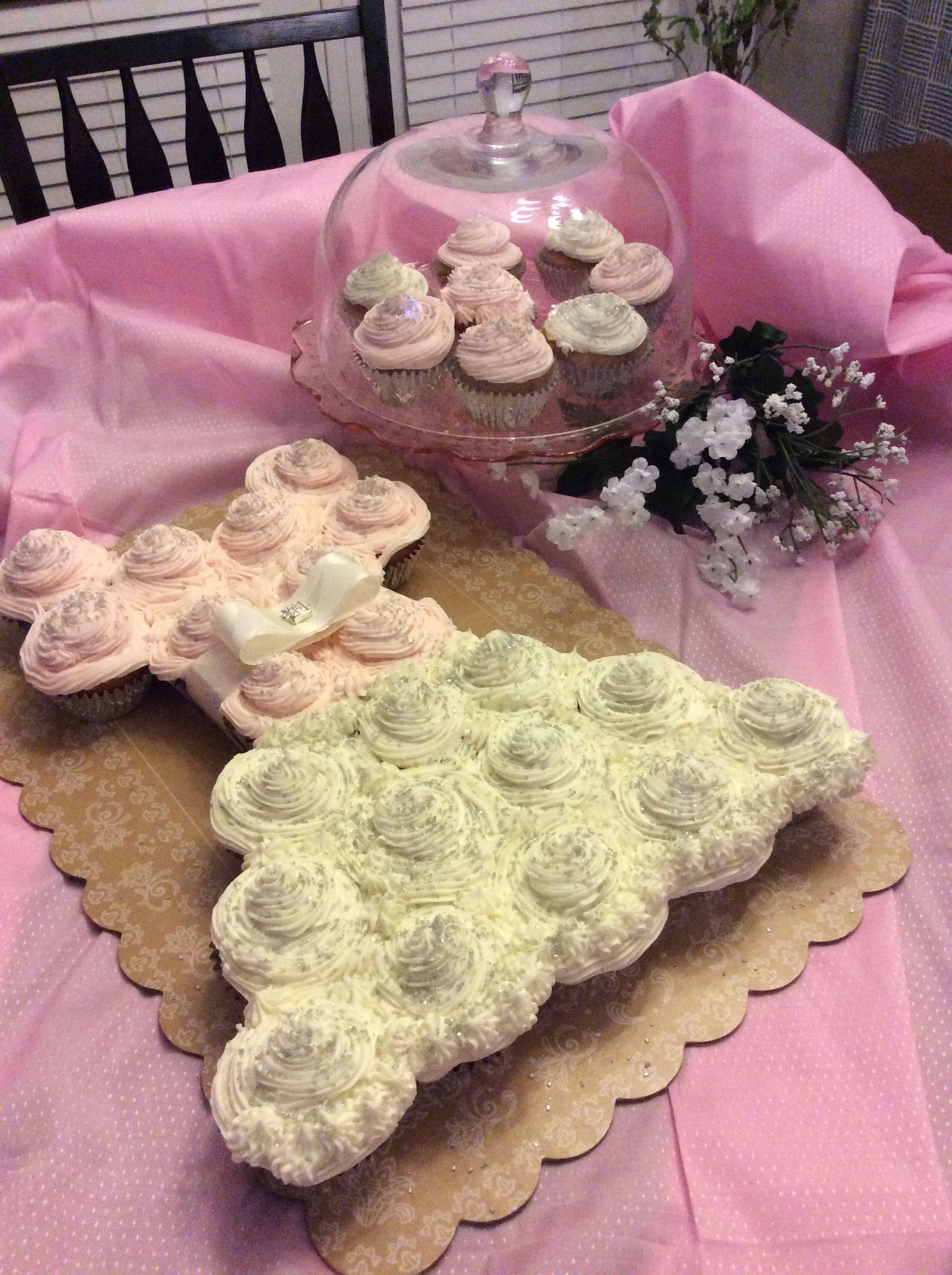 Pink lemonade and Vanilla cupcakes